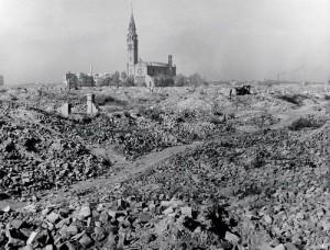 Kościół wśród ruin świata 2